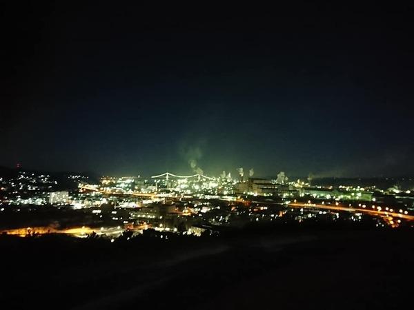 工場夜景.jpg