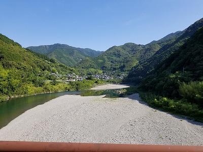 s-仁淀橋上.jpg