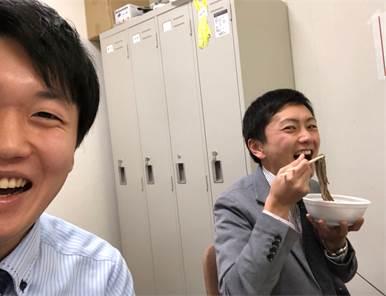 山田と岩下アナ.jpg