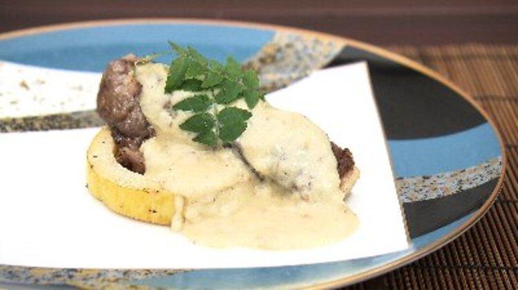 タケノコのステーキ麦みそクリームソース