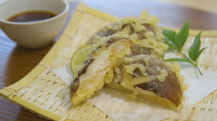 しいたけと海老しんじょうの天ぷら