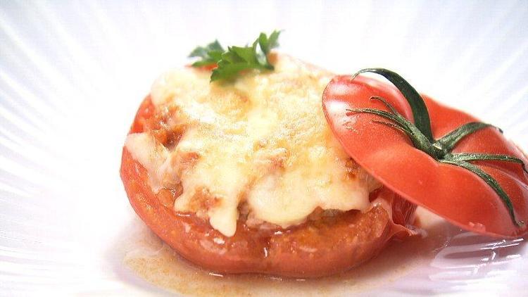 ハウストマトのファルシー チーズ焼き