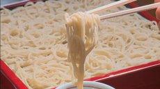 香ばしい天ぷらもうれしい!こしのある本格蕎麦が登場!